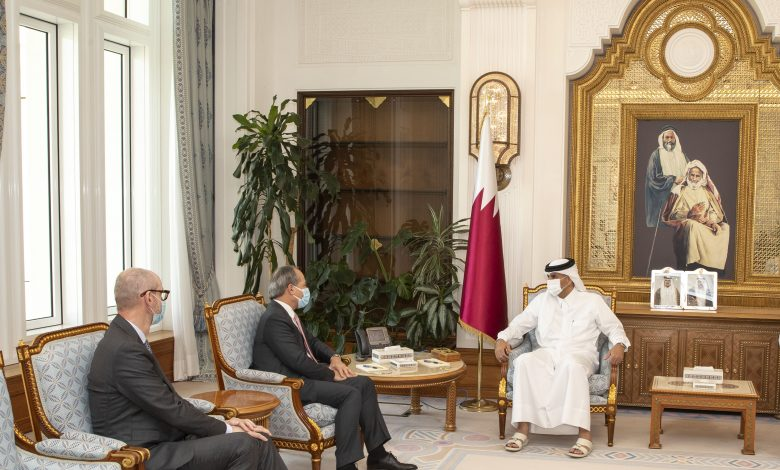Prime Minister Meets CEO of Societe Generale Bank