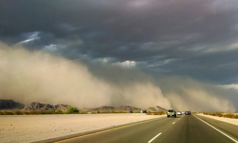 Tips And Instructions for Driving Through Dust Storm