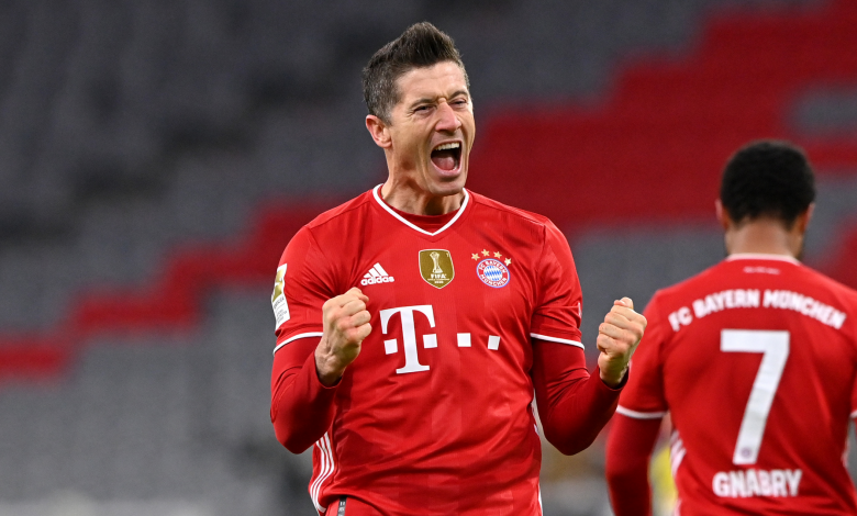 Bundesliga: Lewandowski claims another goal milestone as Bayern extend lead