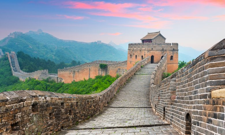 3 Tourists Arrested for Vandalizing the Great Wall of China