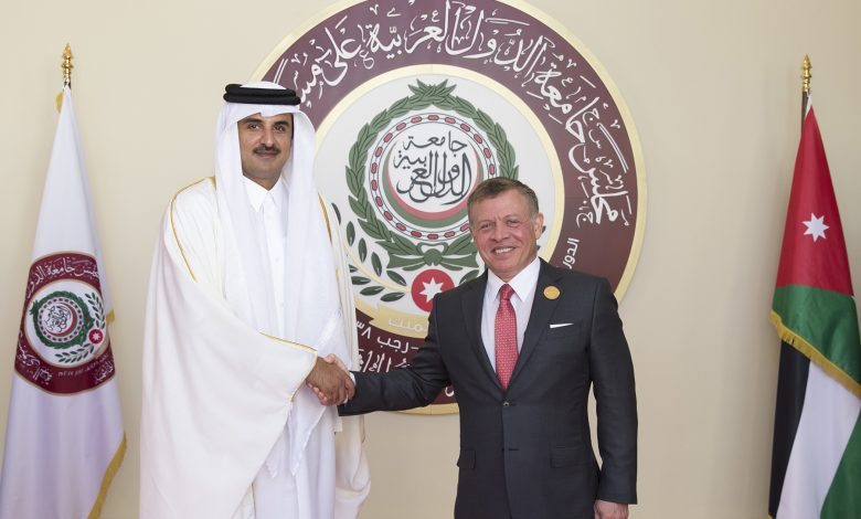 Amir Holds Phone Call with King of Jordan