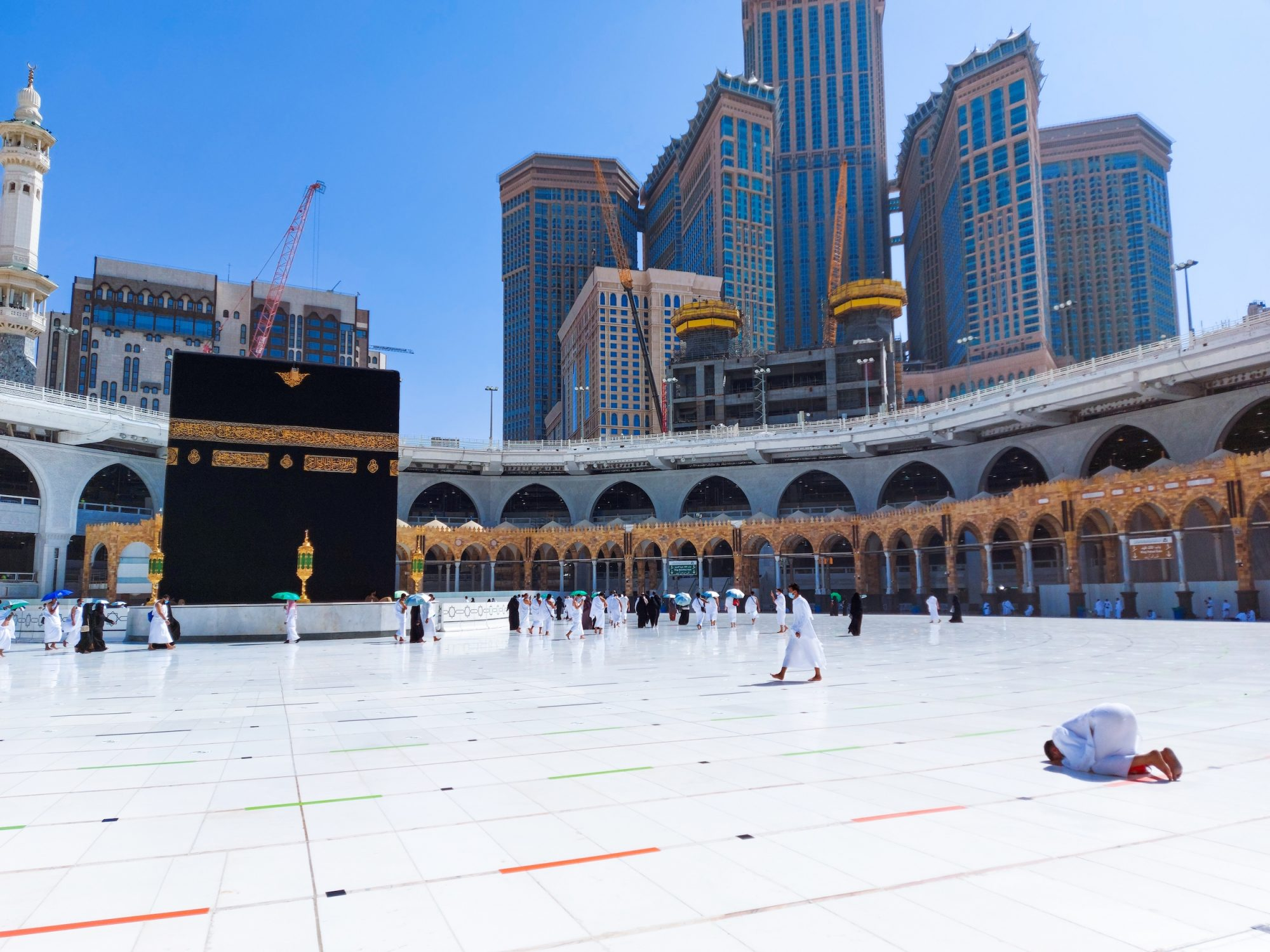 Saudi Arabia: 10,000 riyals fine for performing umrah without permission during Ramadan