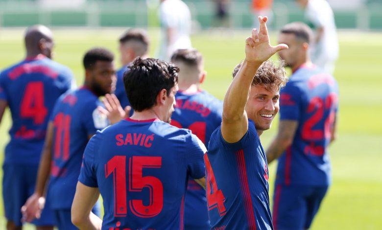 Atletico scrape nervy win after Elche miss late penalty