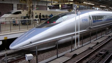 A crisis in Japan due to a one-minute train delay