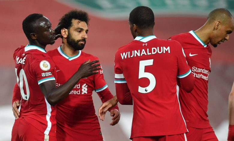 Premier League: Liverpool beat Southampton 2-0
