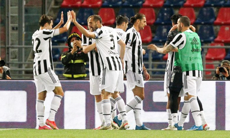 Juventus and AC Milan qualify for Champions League
