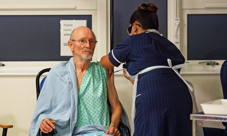 World's first man to receive Corona vaccine dies