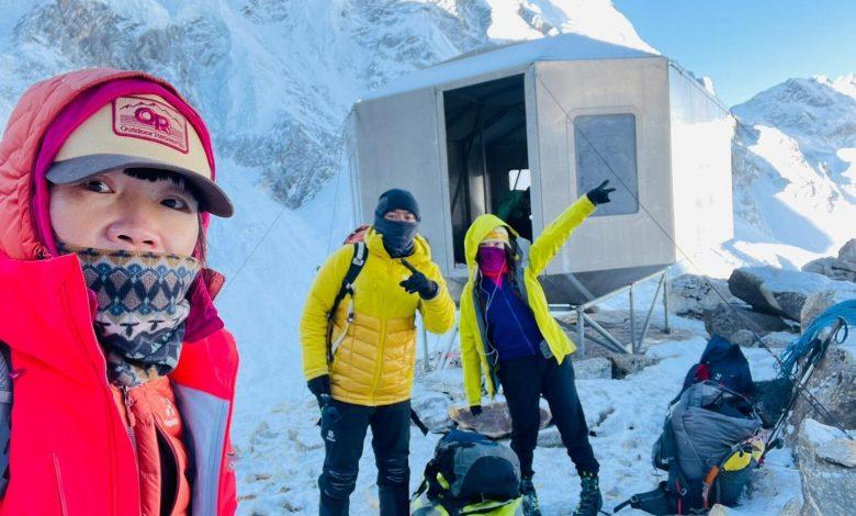 Hong Kong teacher records fastest Everest ascent by a woman