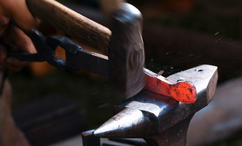MoCI Announces Measures Regulating Blacksmithing and Carpentry Work