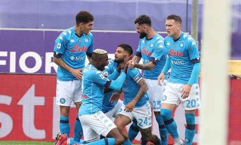 Napoli tighten grip on top-four spot with Fiorentina win