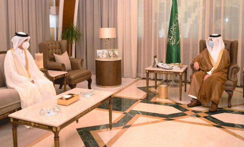 Governor of Eastern Province in KSA Meets Qatari Charge d'Affairs