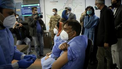 Pakistani province threatens to cut off phone on those who refuse the corona vaccine