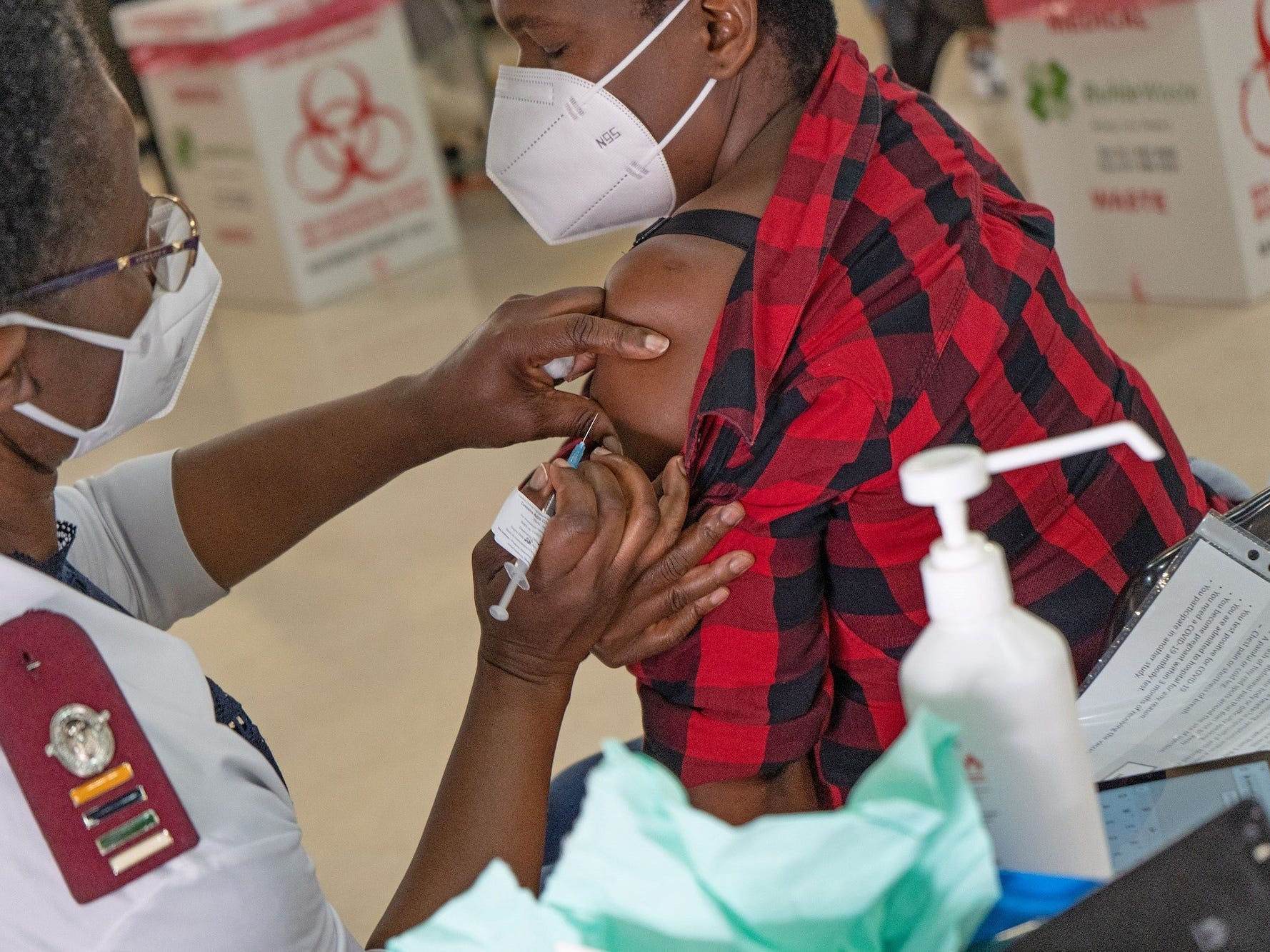 Woman carried coronavirus for 216 days