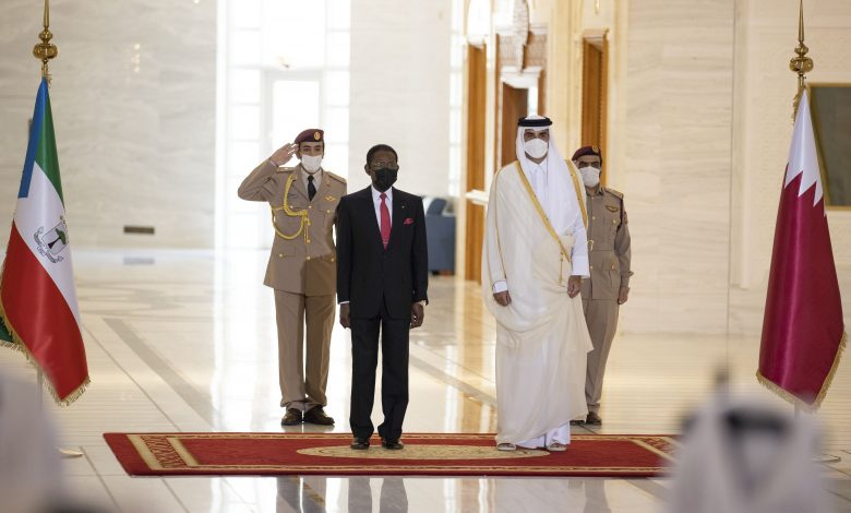 Amir Holds Talks with President of Equatorial Guinea