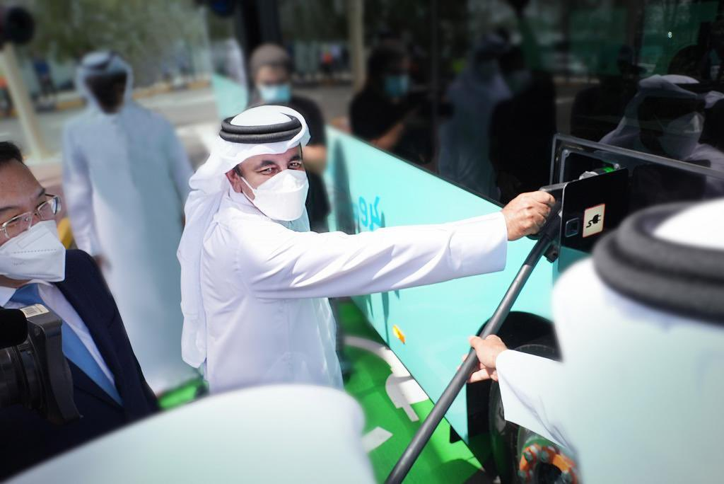 Minister Inaugurates Pilot Operation of Electric Bus Charging Station at Karwa