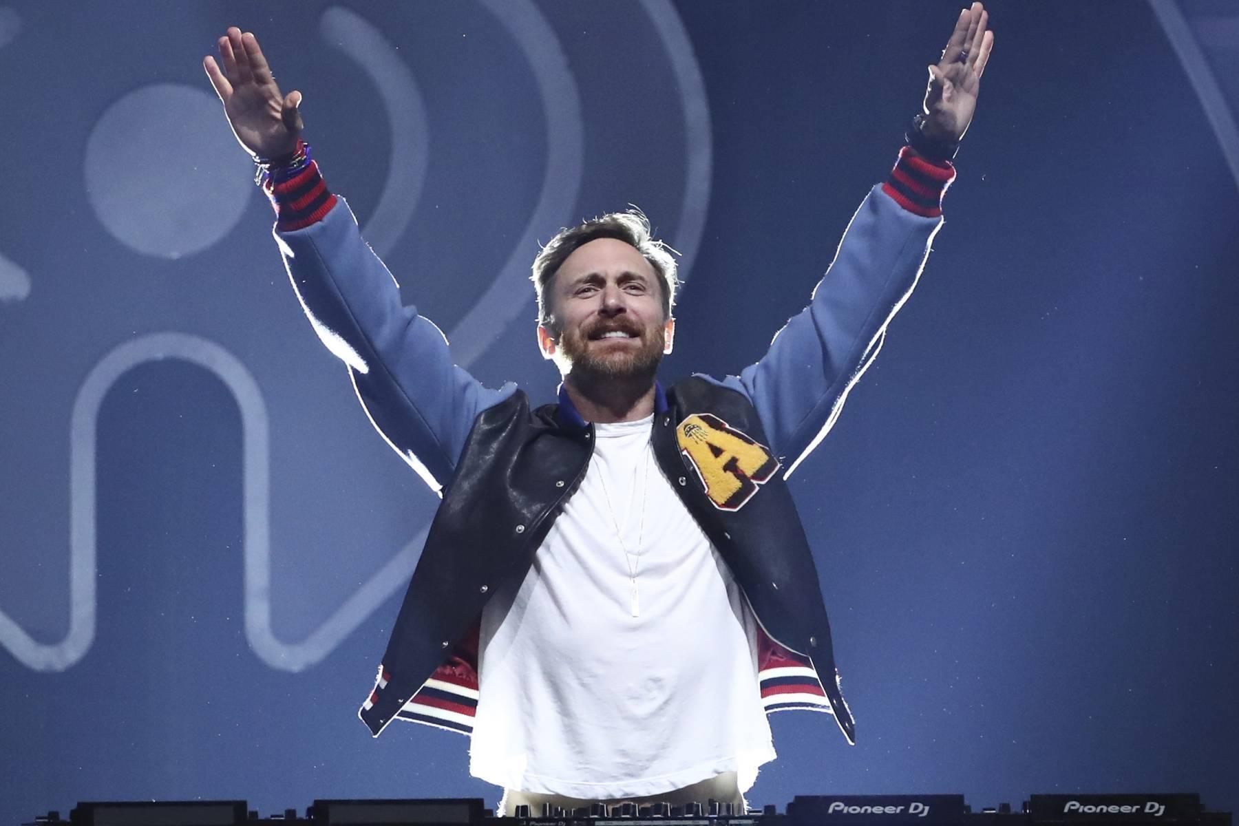 Warner music buys French DJ David Guetta's music catalogue