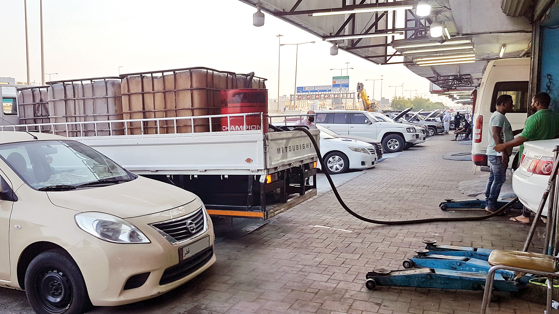 Unsafe cars transporting used oils