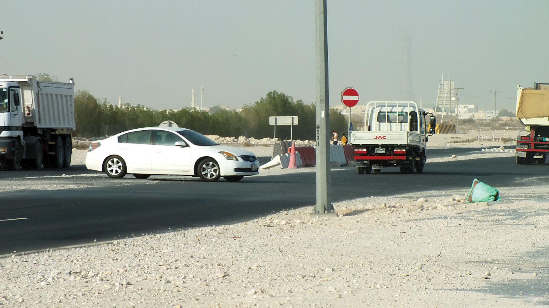 Return of road blocking violations on Al-Sailiya Street