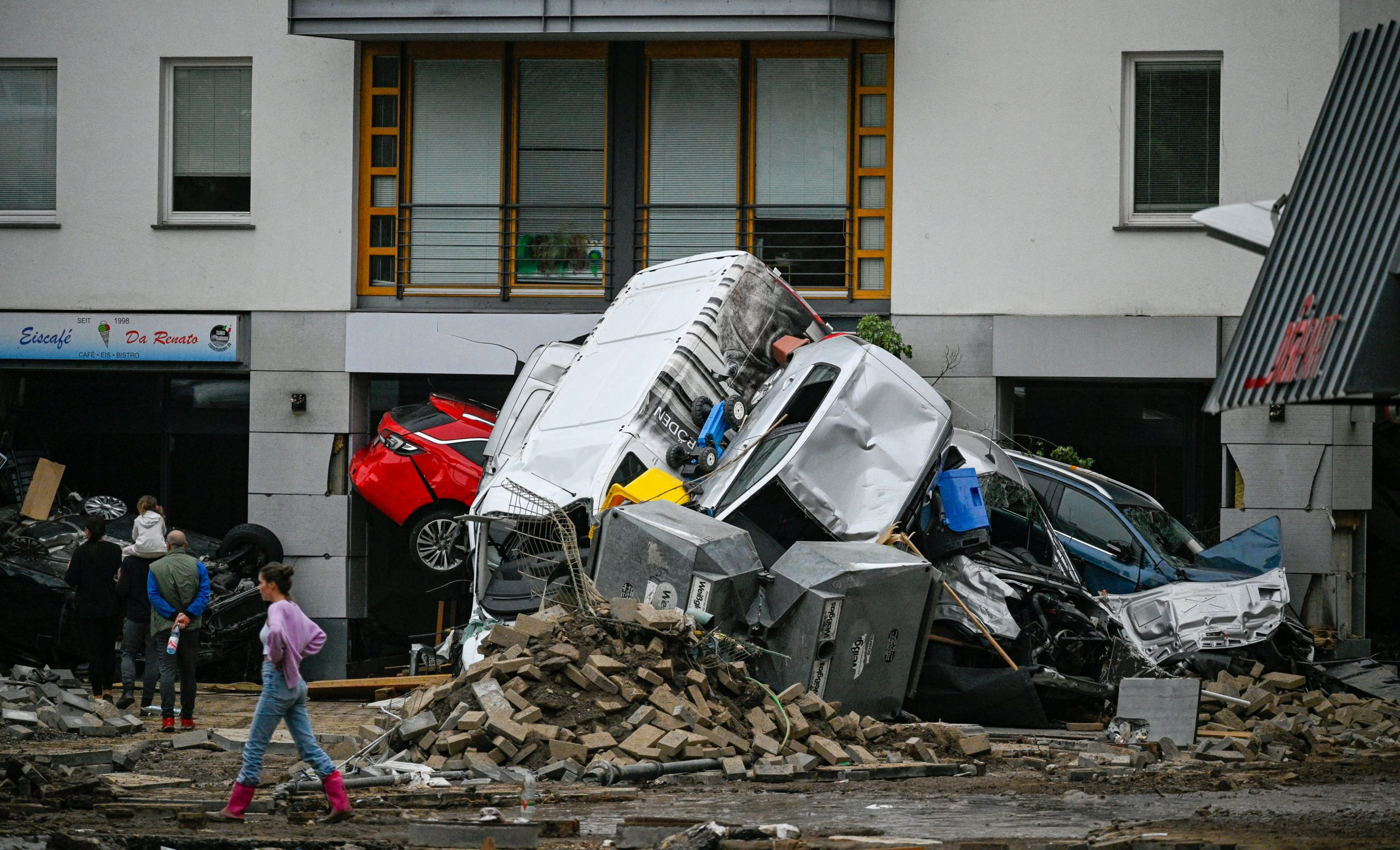 Death toll rises to 170 in Germany and Belgium floods