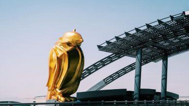 """""""Falcon"""" gold sculpture to bid farewell to visitors to HIA"""