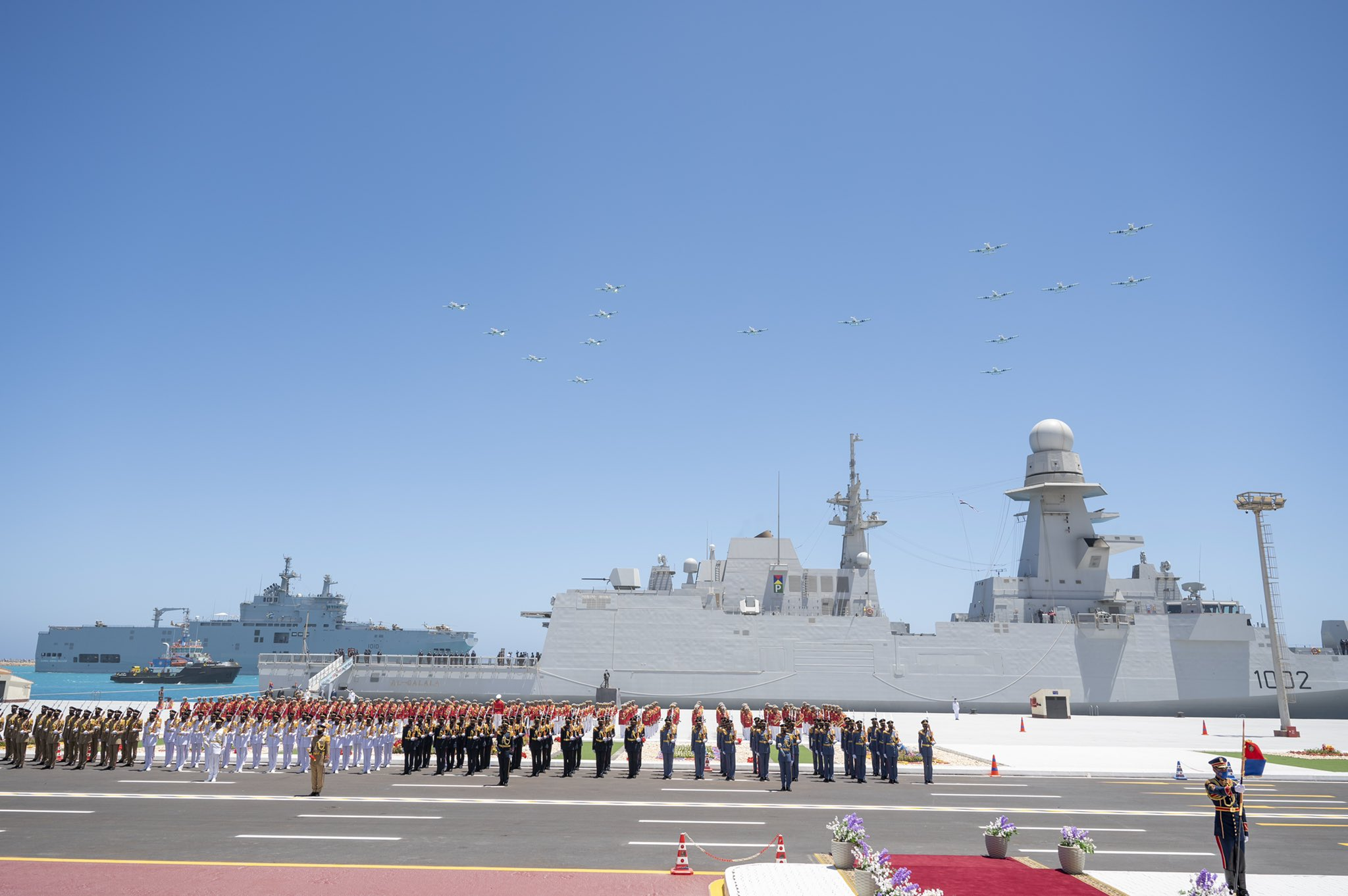 Qatar Participates in Inauguration Ceremony of Egypt's July 3 Naval Base