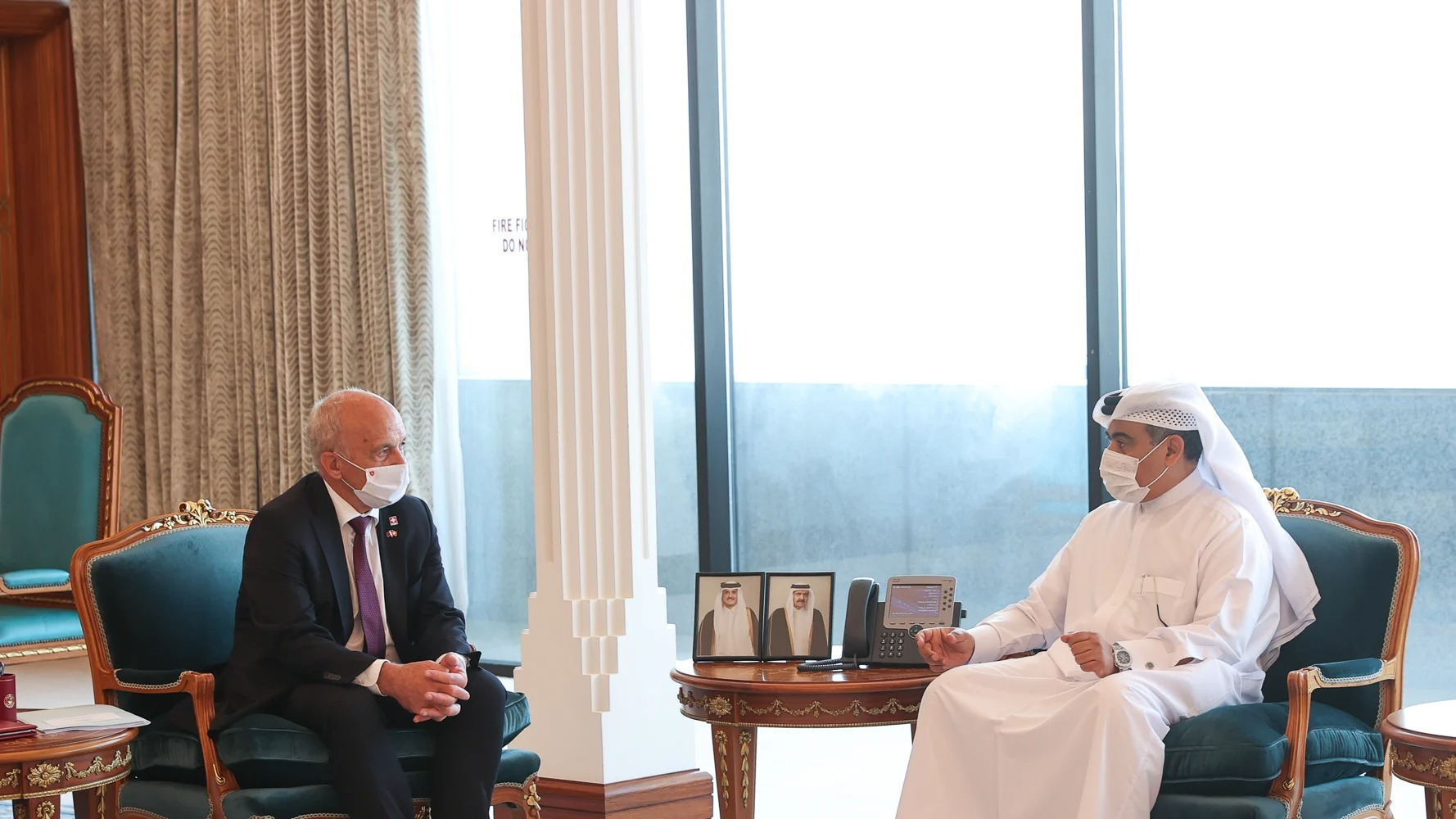 Minister of Commerce Meets Switzerland's Head of Finance Federal Department