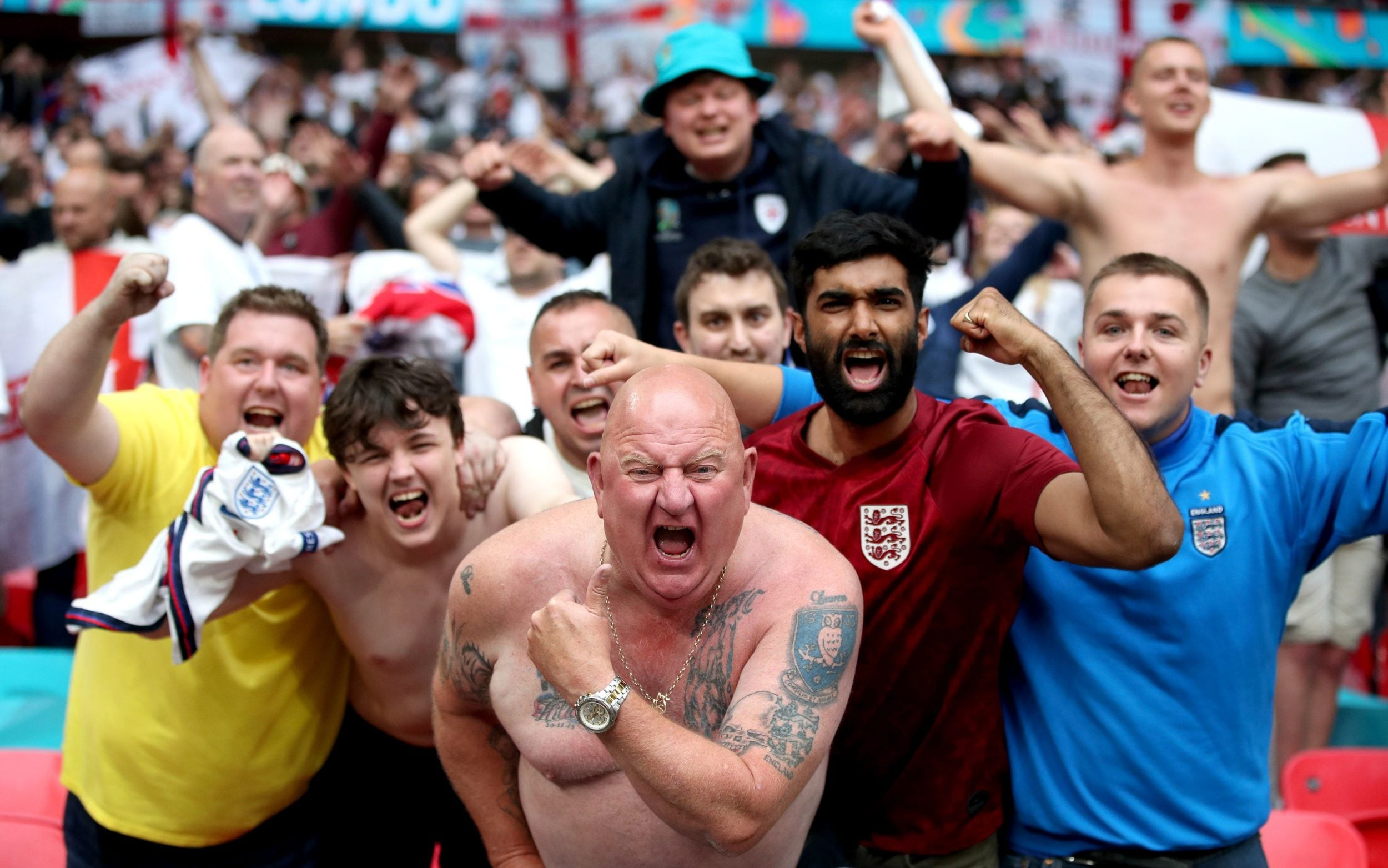 Italy bars travelling England fans