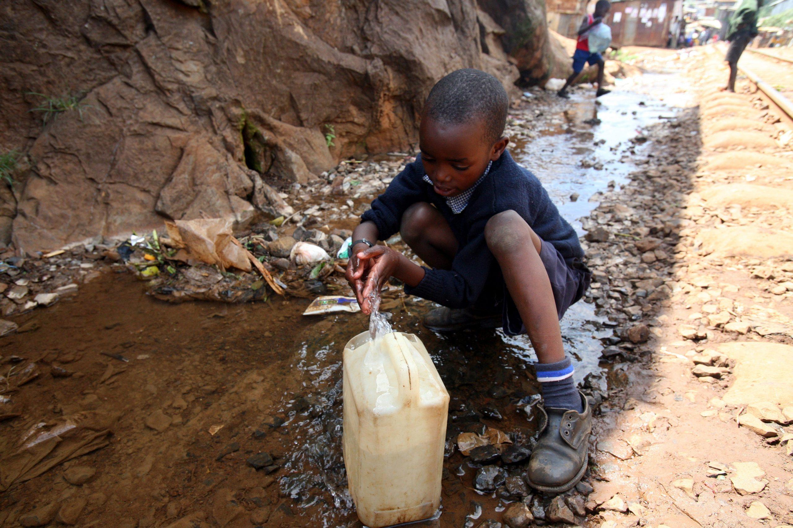 Cholera Outbreak Kills 325 in Nigeria