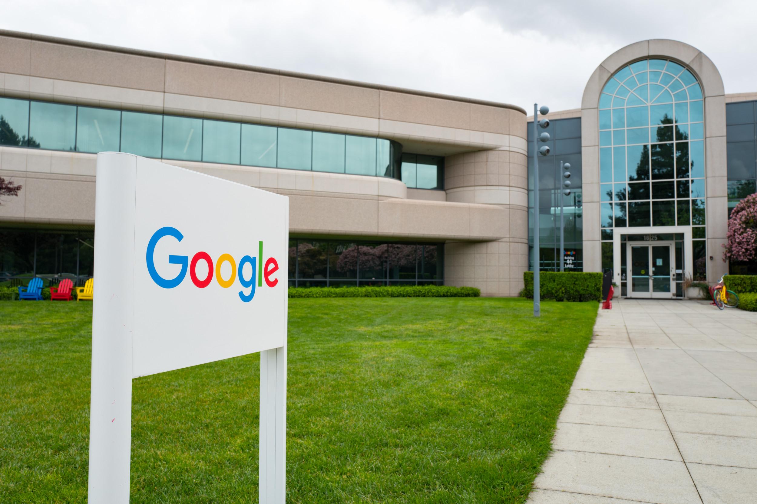 Google delays workers' return to office, mandates vaccines