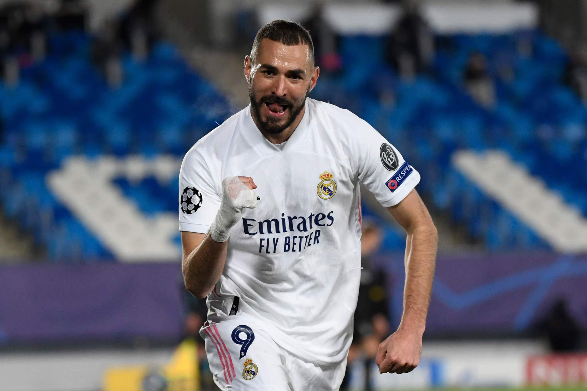 Real Madrid Renew Benzema's Contract
