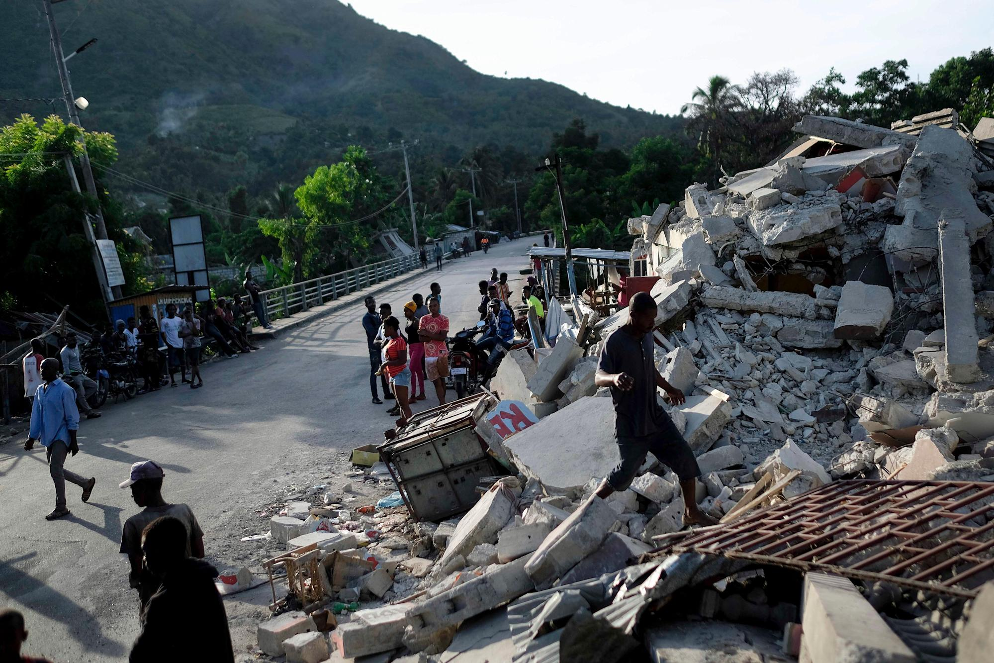Death Toll in Massive Haiti Quake Rises to 1,297