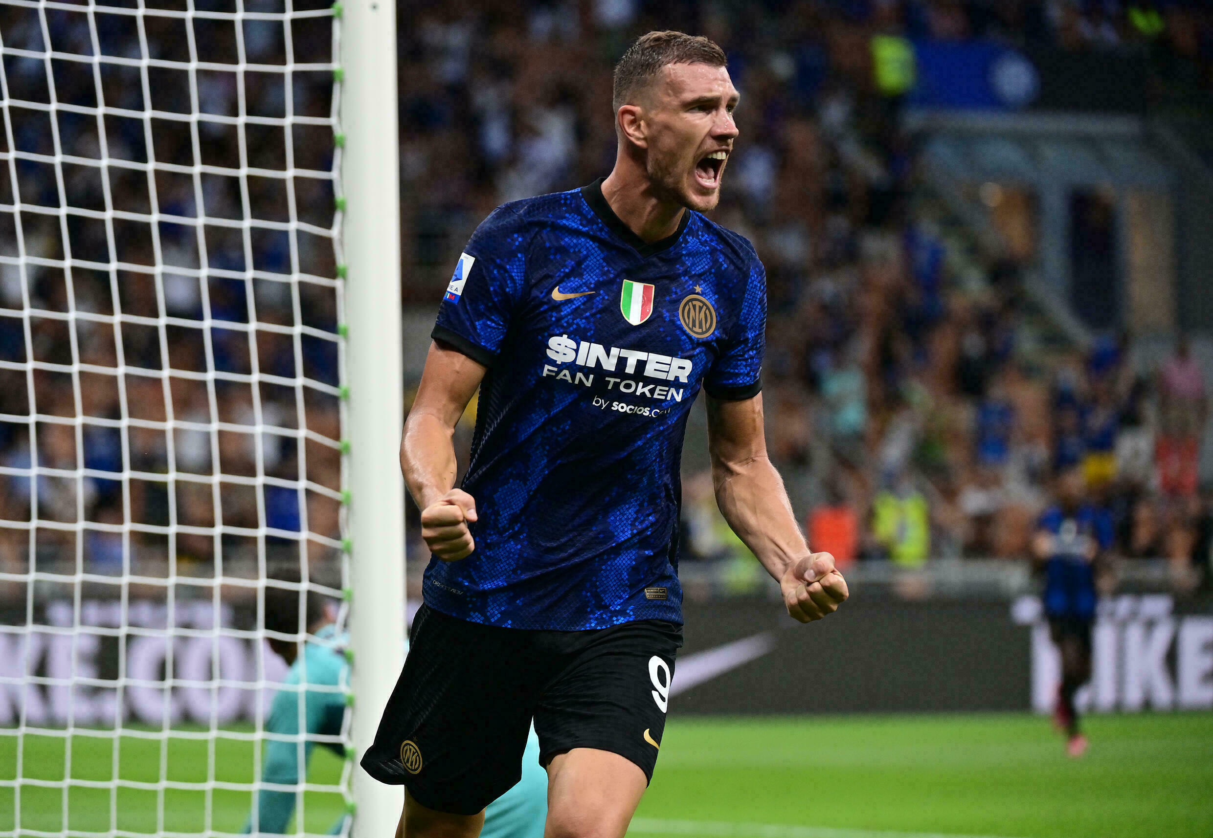 Inter Milan open title defence with Genoa thumping