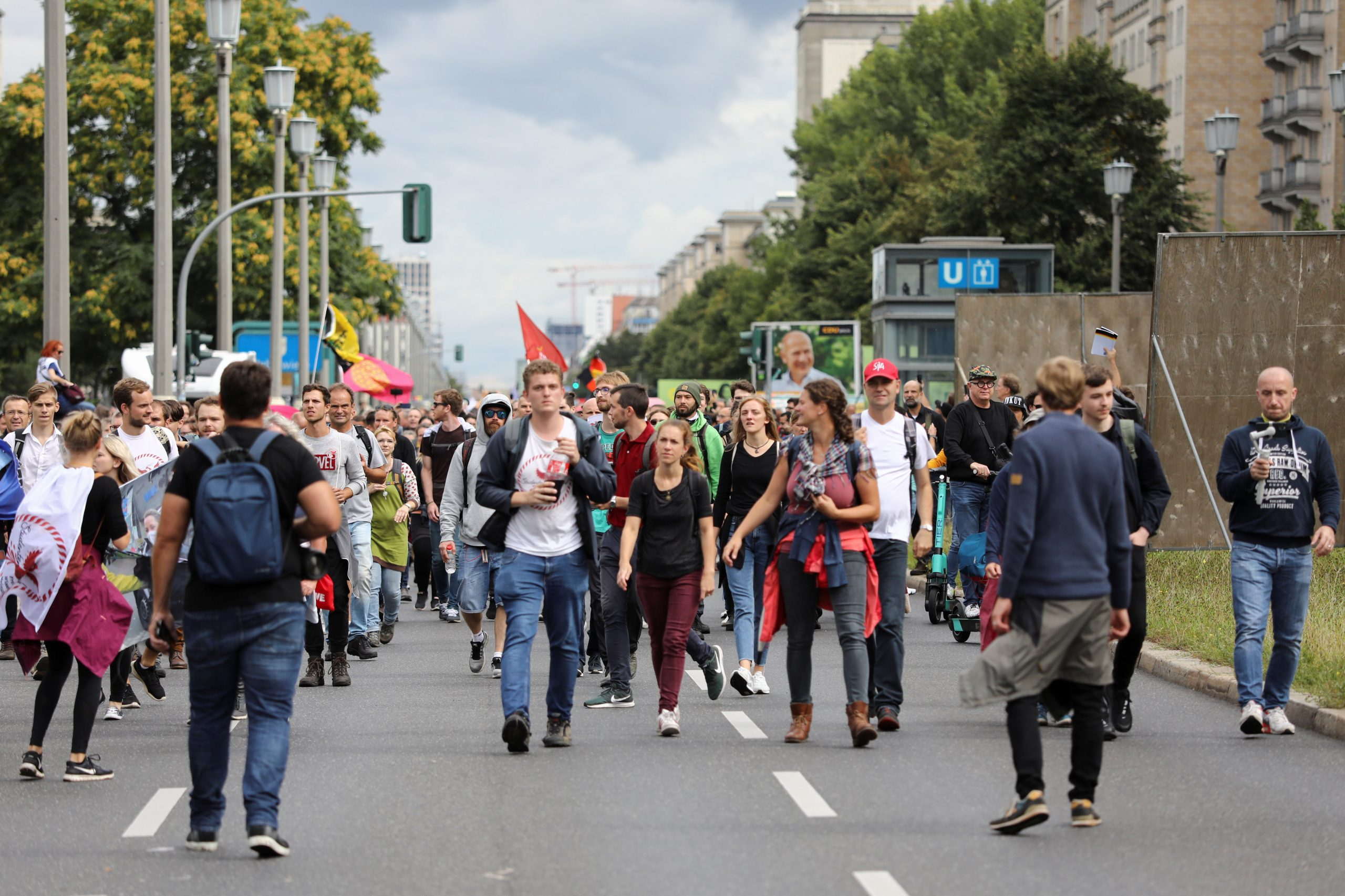 Thousands protest in Berlin against COVID curbs, vaccines