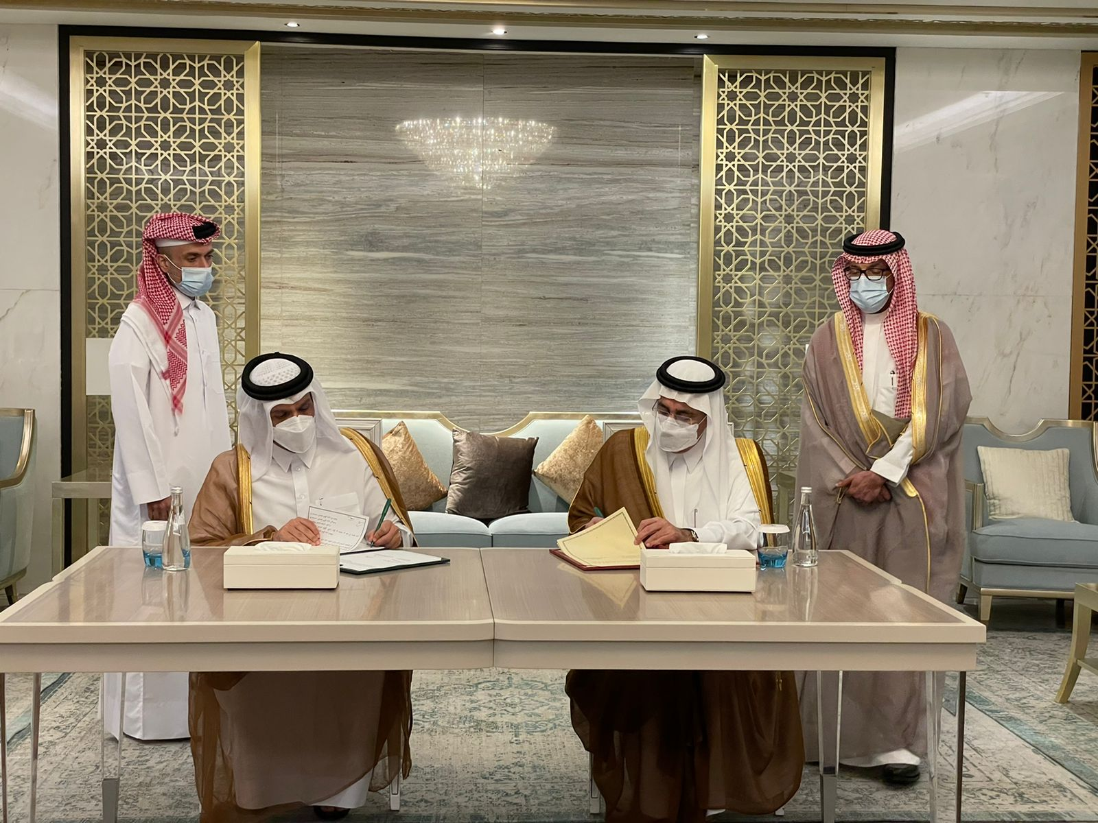 Foreign Minister Meets Saudi Minister of State