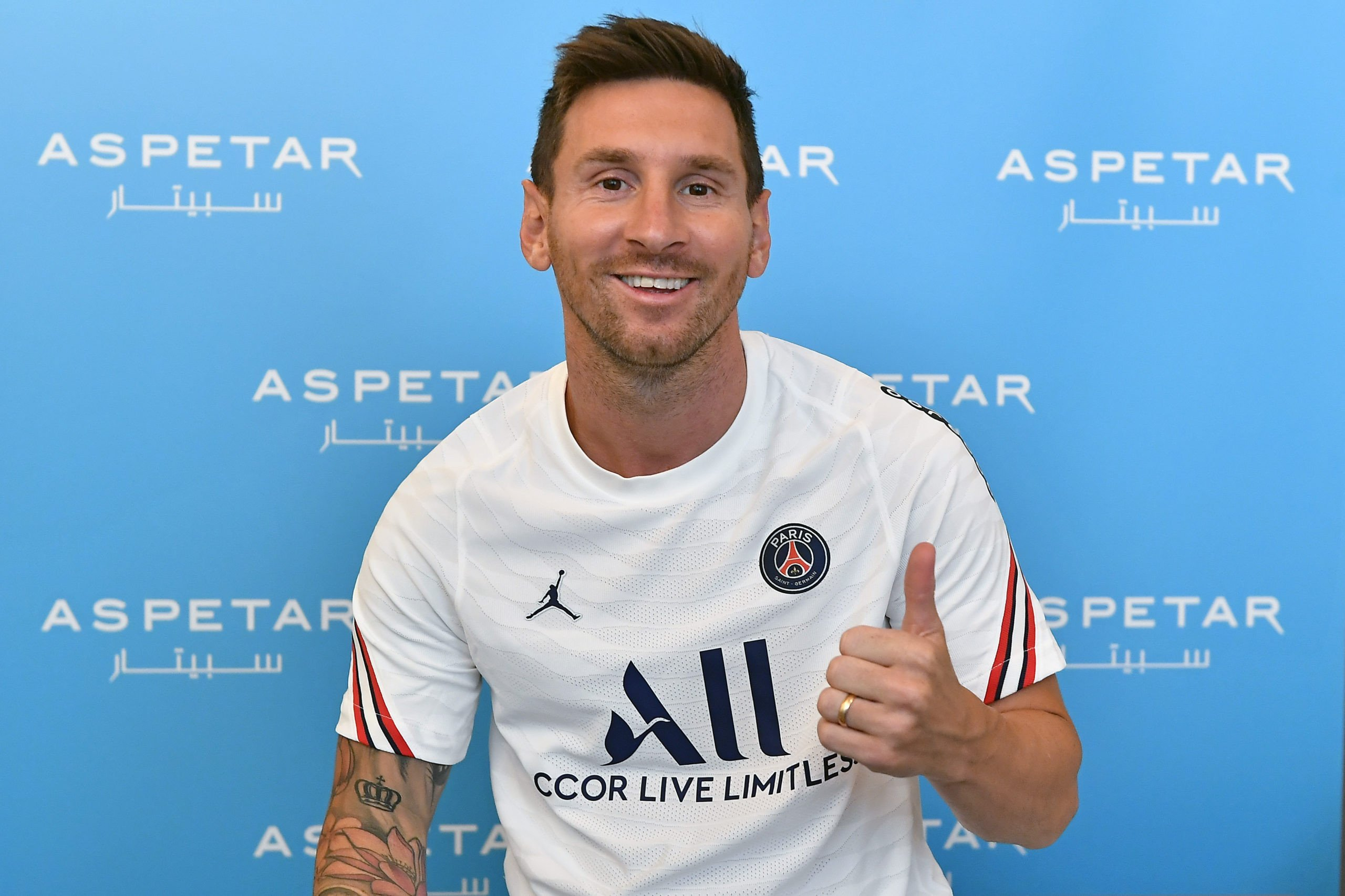 Messi sets first record with PSG