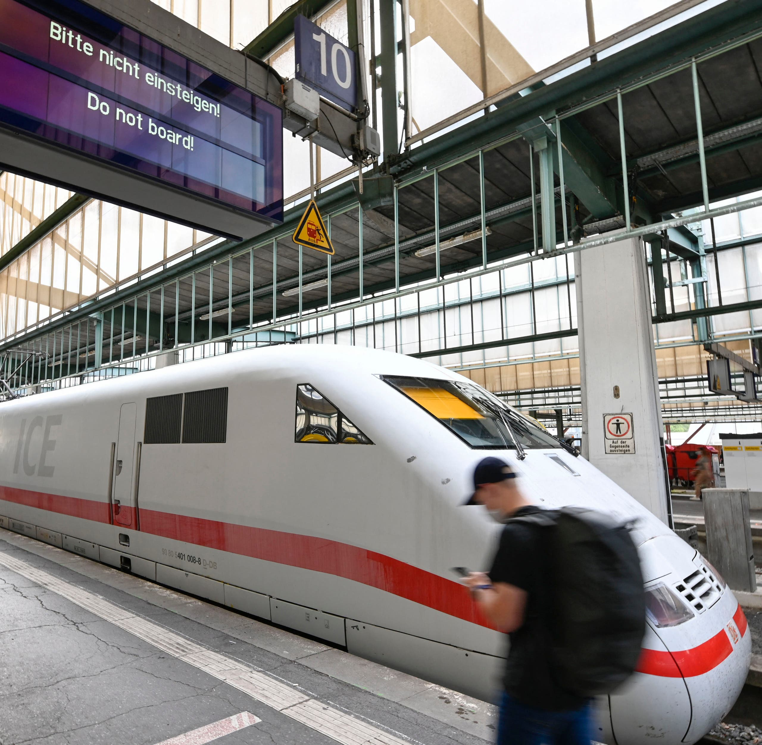 Germany Faces Travel Chaos as Train Drivers Strike