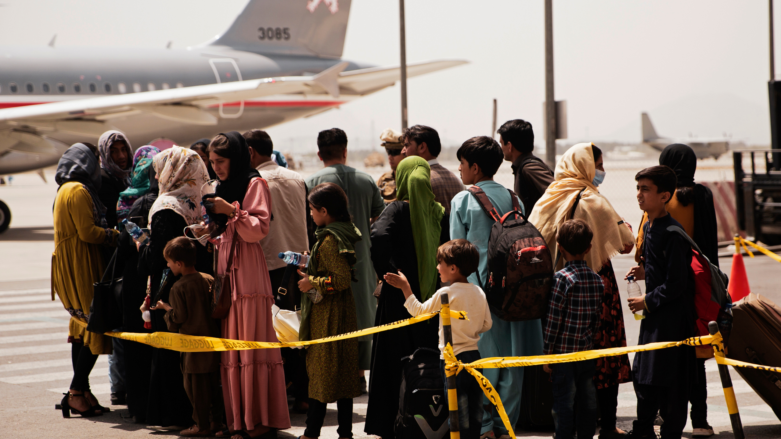 Qatar evacuates more than 300 female students and 200 media professionals from Afghanistan