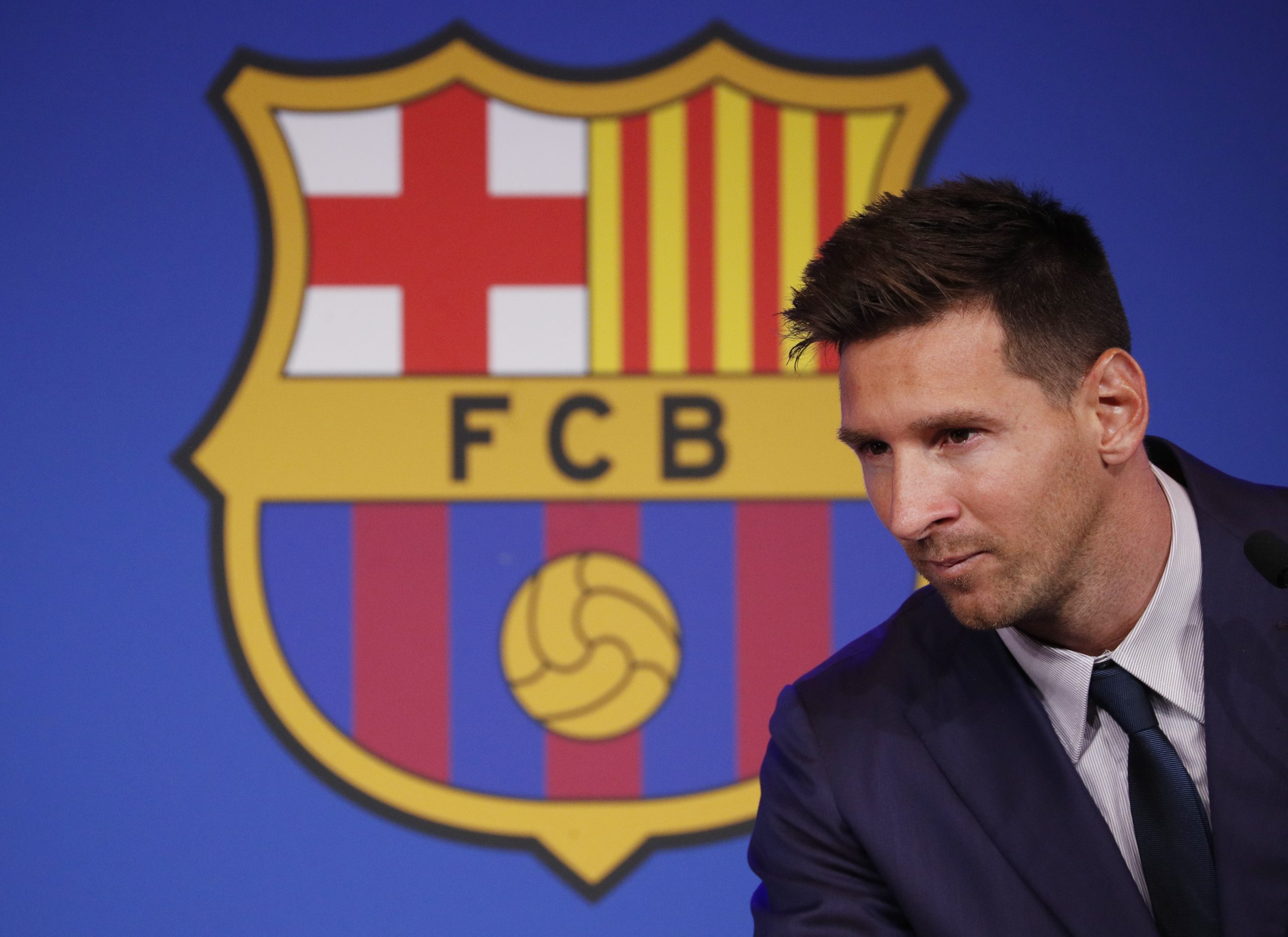 Barcelona member files complaints to block Messi move to PSG