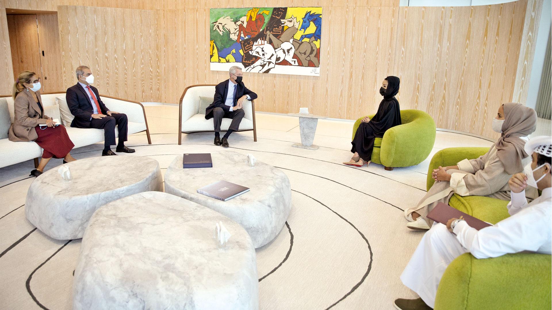 Sheikha Moza Meets UN Refugees Chief
