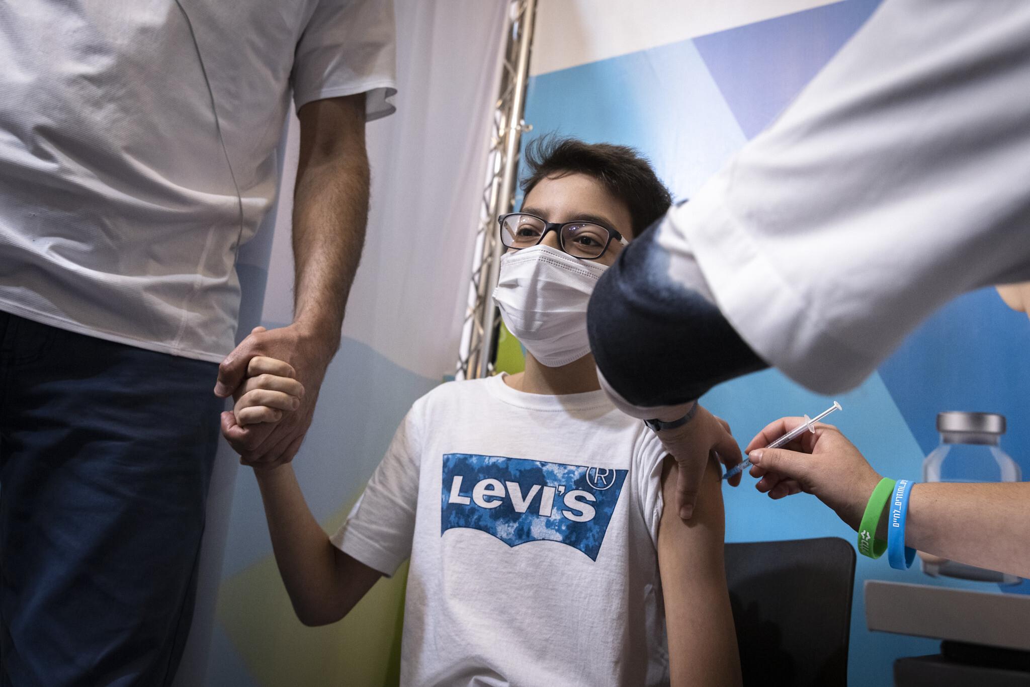 Pfizer Says COVID-19 Vaccine Safe for Children 5-11
