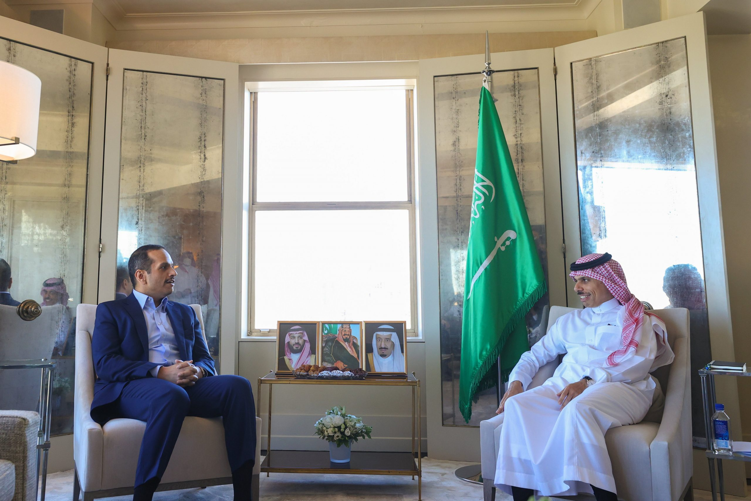 Foreign Minister Meets Saudi Counterpart