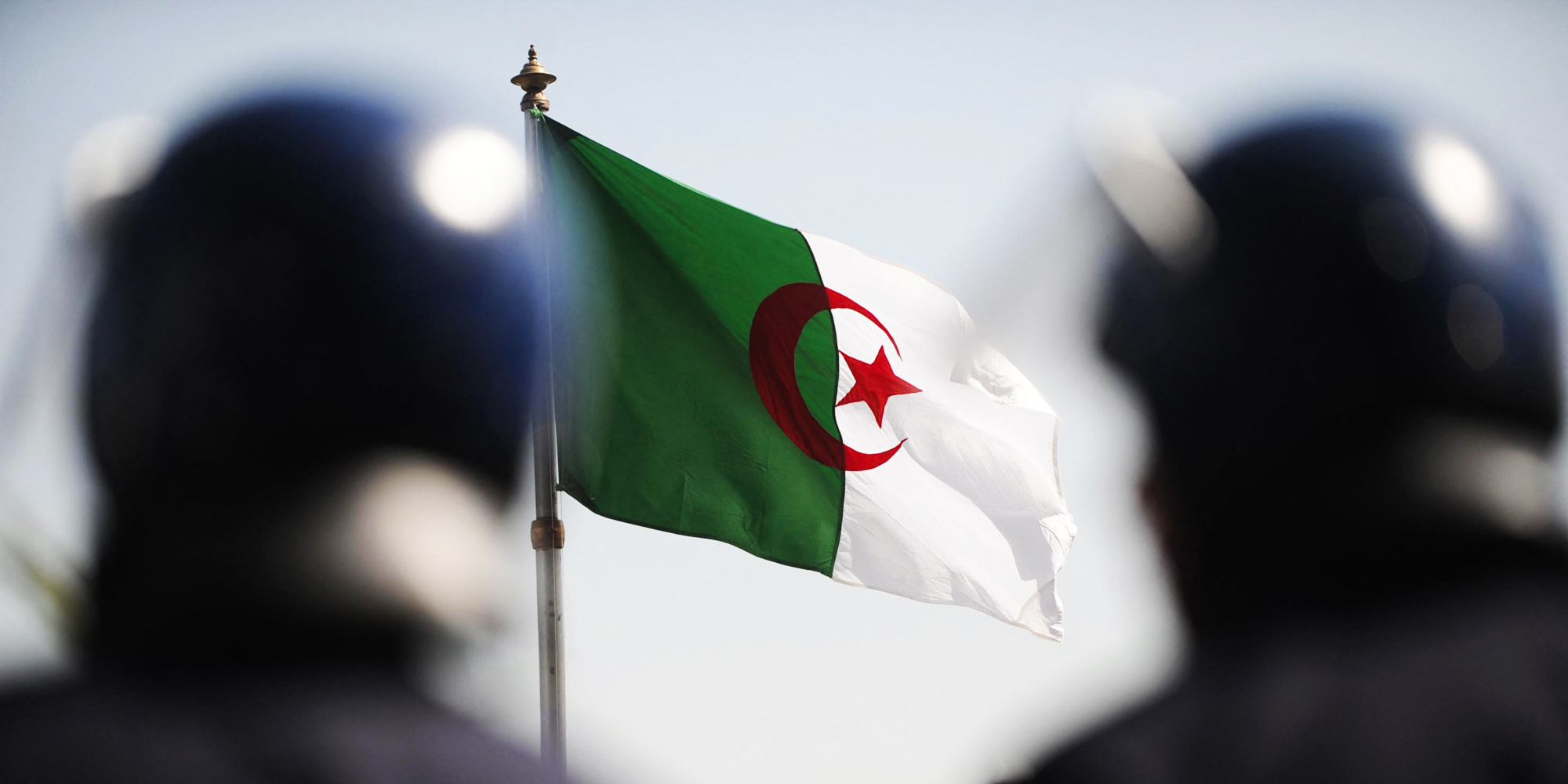 Algeria Summons French Envoy over Visa Restriction Decision
