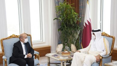 Amir Meets French Minister of Foreign Affairs