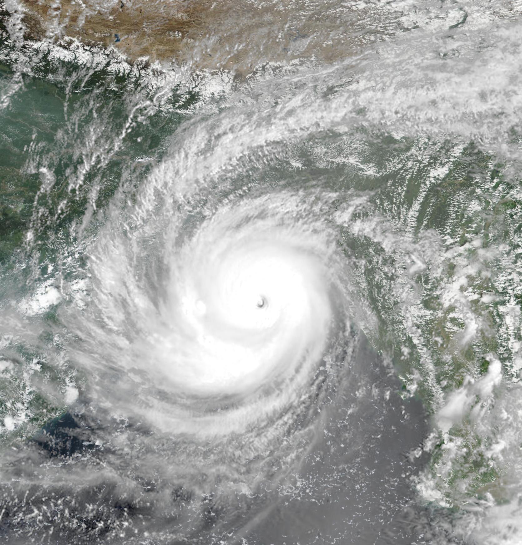 Cyclone Shaheen Hits Southern Yemeni Governorates